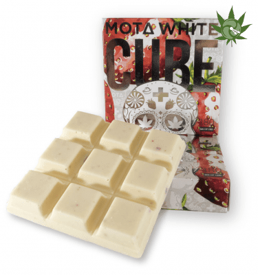Mota Strawberries and Cream White Chocolate Cube (180mg CBD)